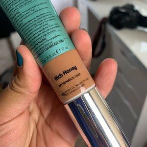 "it cosmetics Makeup - IT cosmetics CC oil free matte cream ""rich honey"""